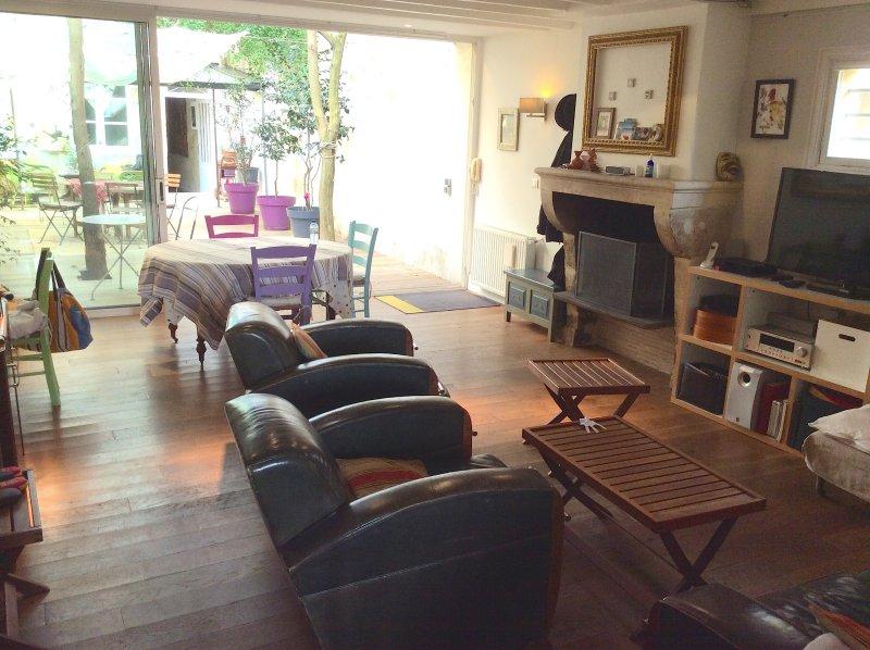 BORDEAUX – JARDIN PUBLIC – Superbe Maison avec dépendance