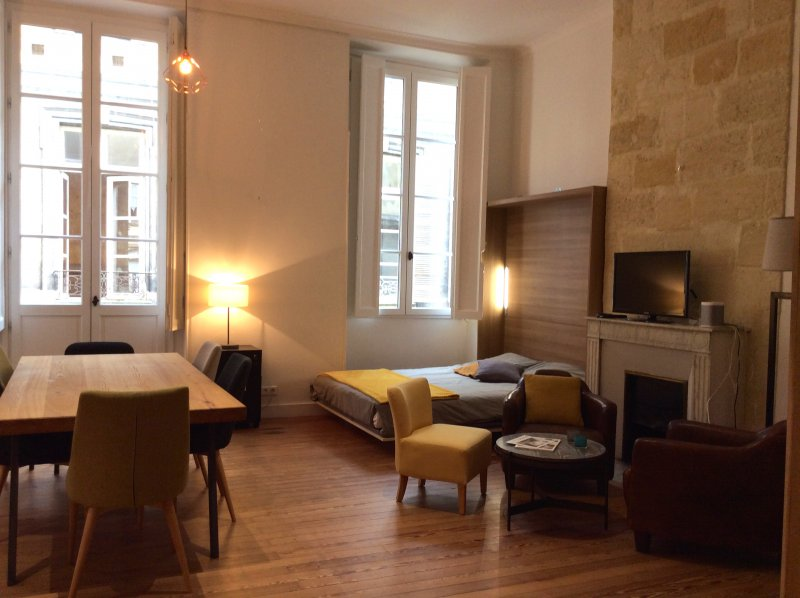 Bordeaux – Triangle d'Or – Magnifique appartement 104 m2